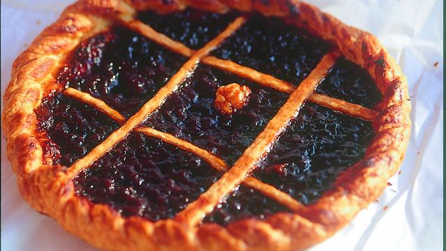 tarte aux pruneaux, ile d'Yeu
