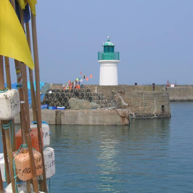 Le phare du quai du Canada, Port-Joinville, Ile d'Yeu