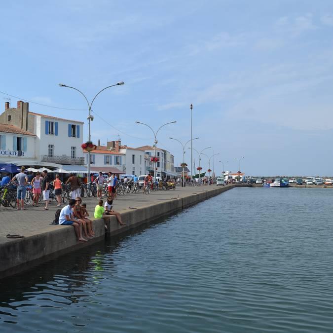 Sur le quai de Port-Joinville, Ile d'Yeu