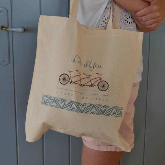 •Sacs en toile - Tote Bag L'île d'Yeu (8 €)